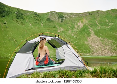 Naked girls in tents