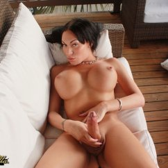 Xvideos shemale favorite