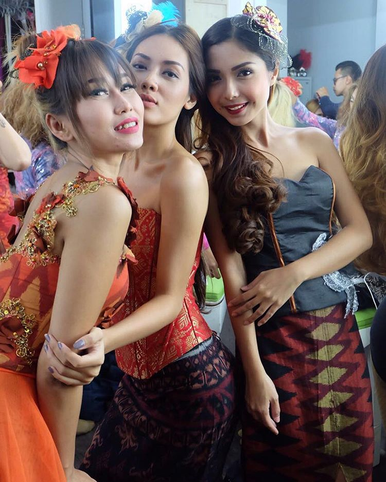 Indonesians very small girls nude only photos