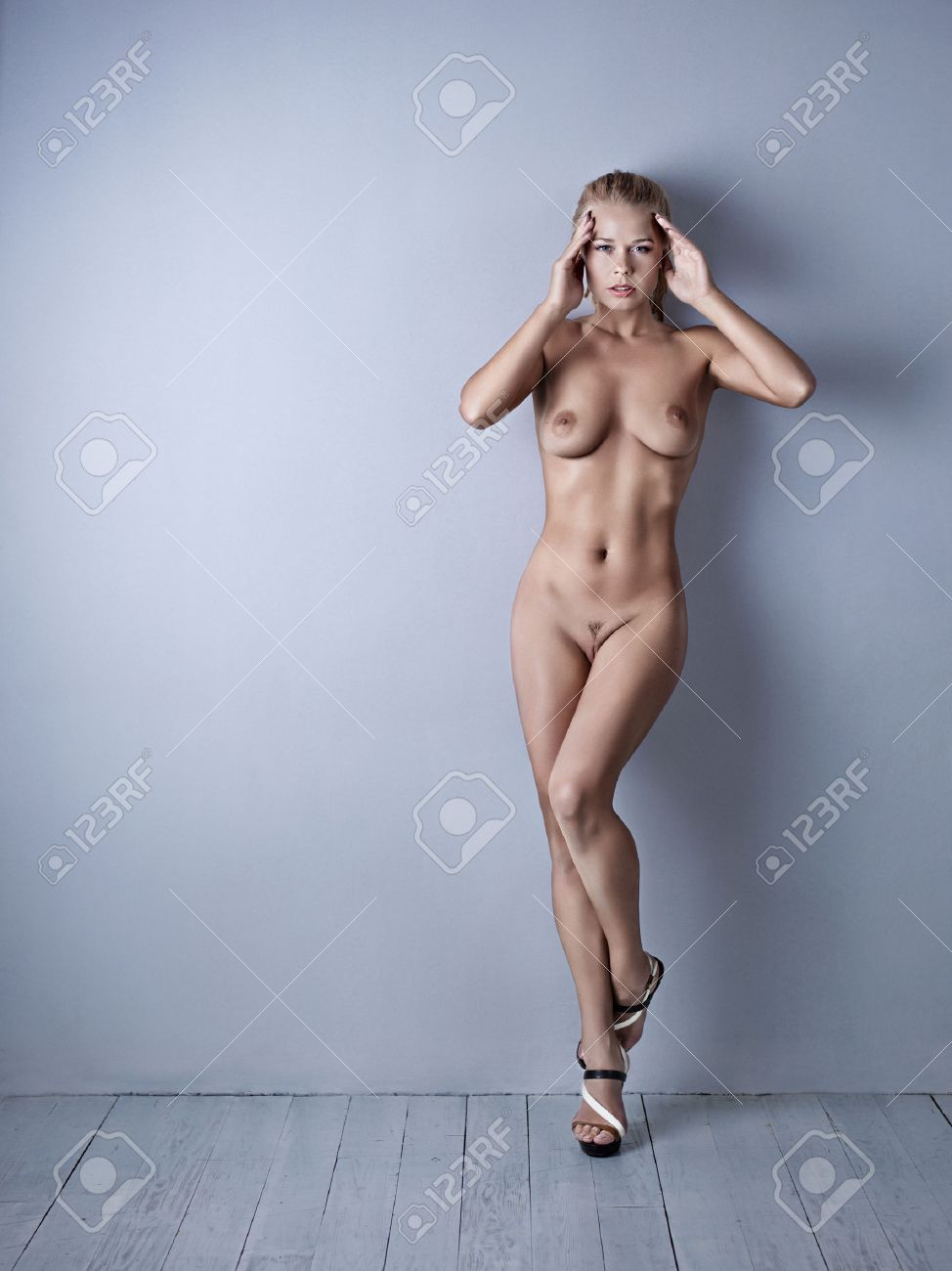 Nude woman girl photo picture